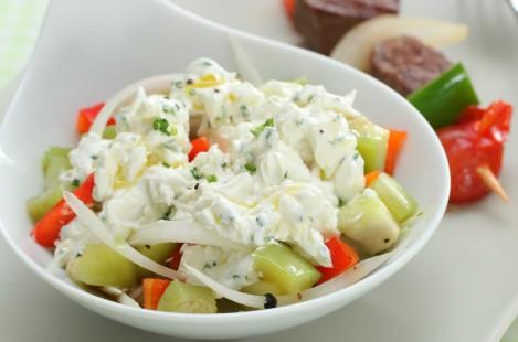 Салат с творожным сыром Милкана из козьего молока