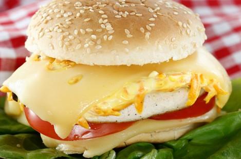 Бургер с сыром Фоль Эпи