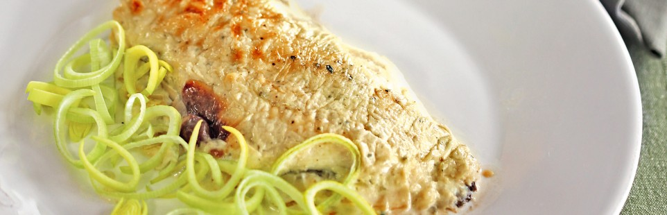 Камбала по-бретонски с голубым сыром Сент-Агюр