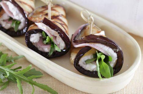 Рулетики из баклажанов с сыром Тартар с орехами